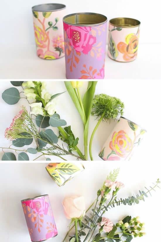 Vasos feitos com sucata