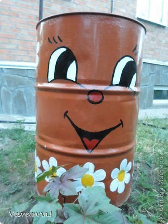 Galão de Lixo Divertido para o Jardim