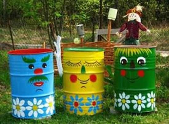Galões de Lixo Decorados para Jardim