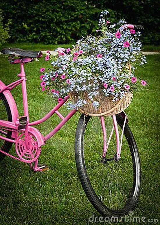 Decoração de Jardim com Bicicletas