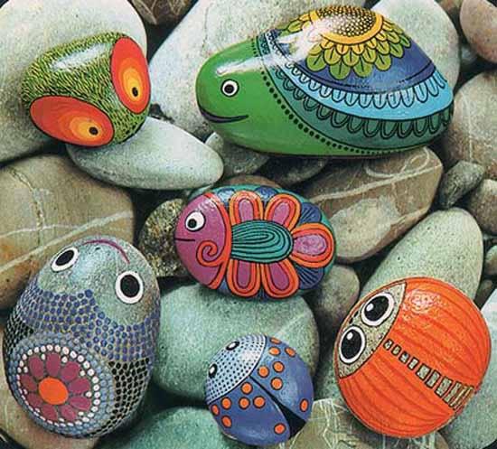 Bichinhos lindos com pedras pintadas