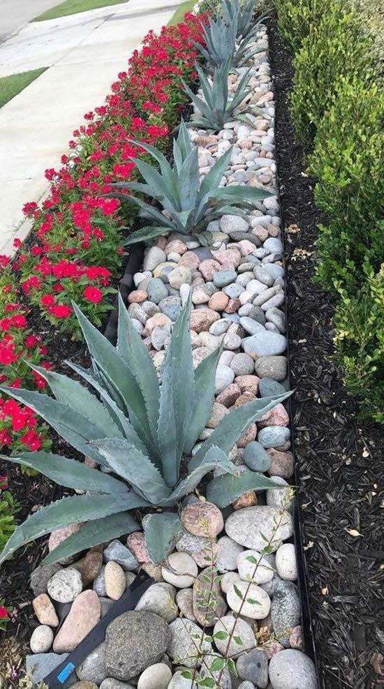 Lindos Jardins Decorados com Pedras