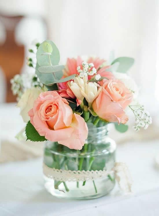 Arranjo de flores lindo