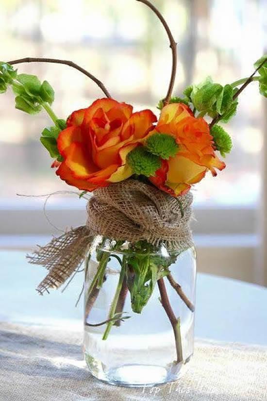 Arranjos de flores para decoração de mesa
