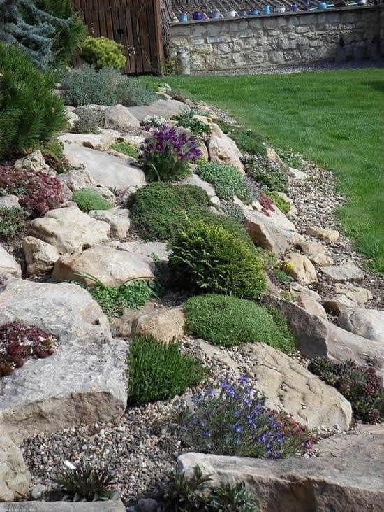Linda decoração com pedras
