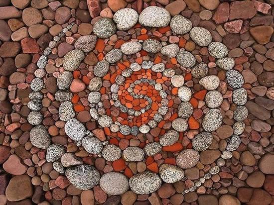 Mosaico com seixos