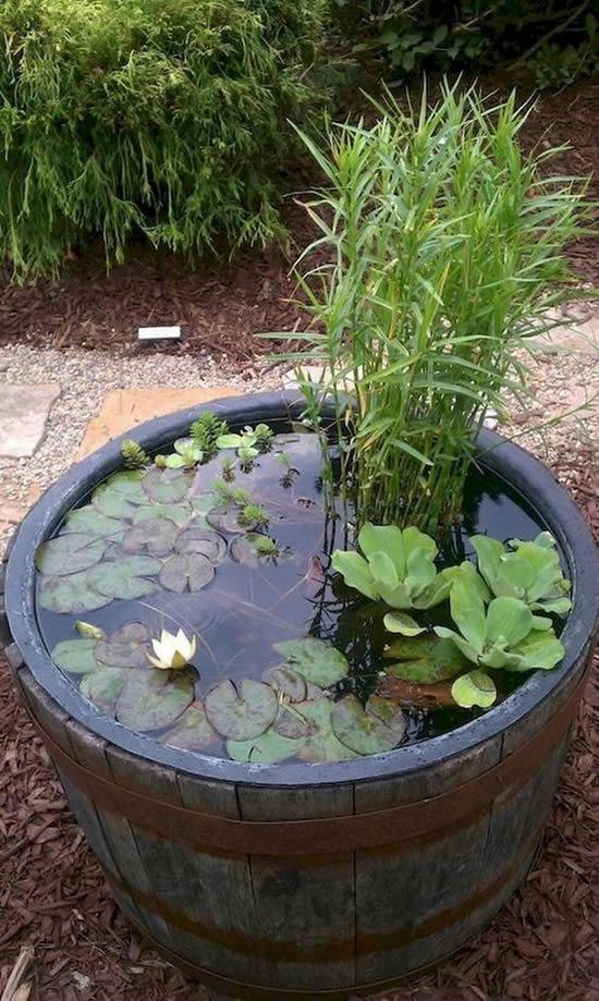 Lago improvisado para jardim