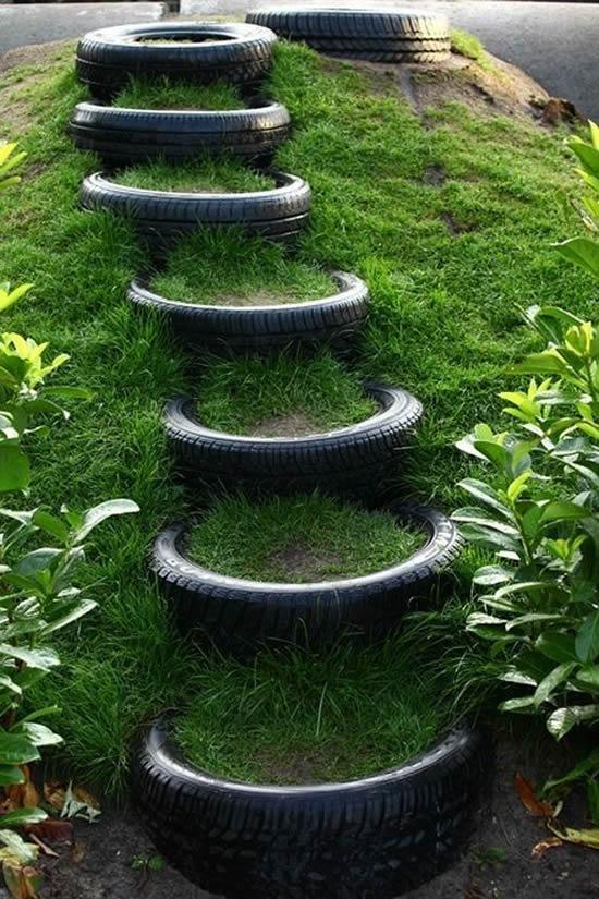 Escadas lindas com pneus
