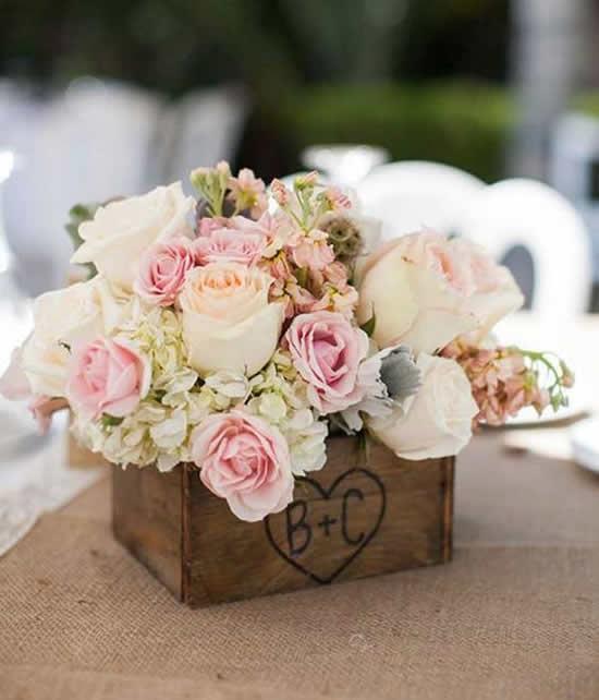 Vaso de madeira para decoração