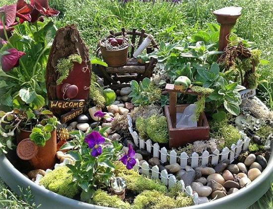 Ideias e dicas para fazer mini jardins