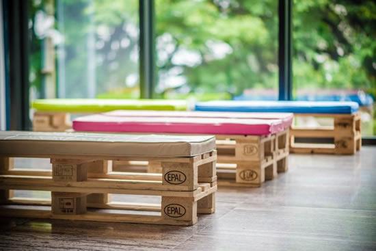 Ideias lindas para fazer bancos com pallets