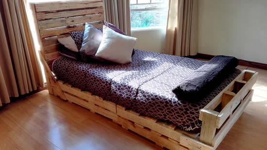 Linda cama de pallets de madeira