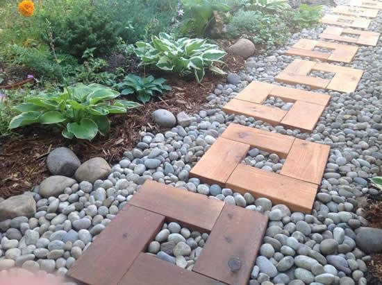 Lindos caminhos para jardim com madeira
