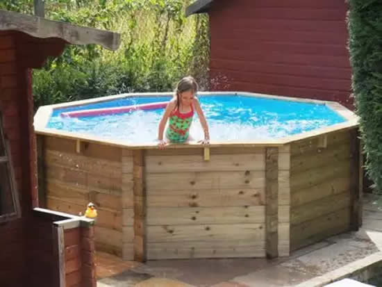 Linda piscina de pallets