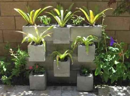 Blocos de cimento para decoração de jardim