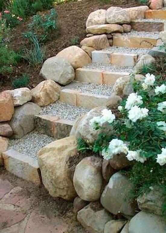 Pedras grandes para decorar jardim