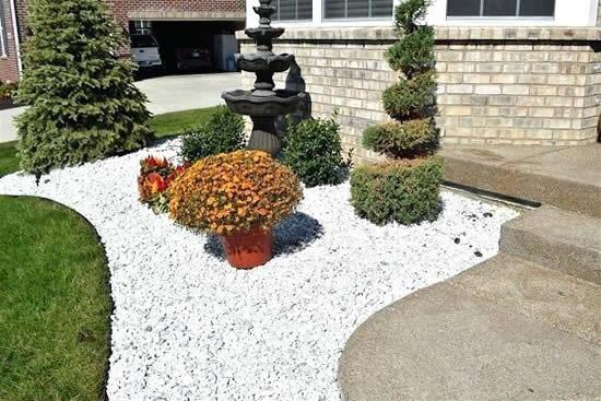 Ideias de decoração de jardim com pedras brancas