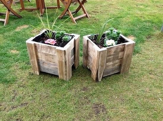 Dicas com paletes e caixotes para jardim