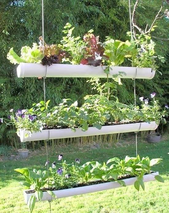 Horta com canos PVC