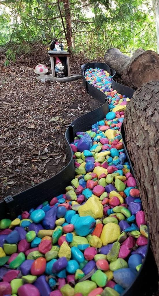 Decoração com pedras para o jardim